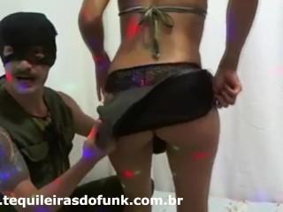Live sexy com casal tequila no site das tequileiras do funk