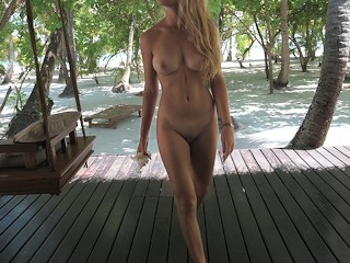 She needs 2 minutes to make me CUM before going inthe ocean-morningpleasure (16 Aug 2019)