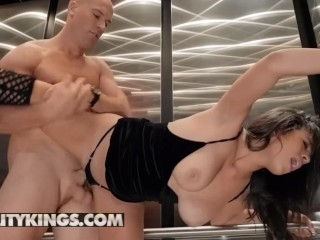 Reality Kings – Big tit Autumn Fall is a sneaky cheat
