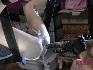 Tattooed Milf Gives A Rough Fuck With Fisting and A Tongue Biter Dildo (18 Aug 2019)