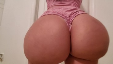 A busty pawg is getting her booty worship and fucked - crystal lus