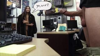 XXX PAWN  – 她说她不是Ho,还是Navaho?印度,那是。