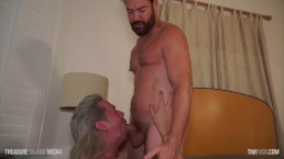 Pumped Up Bottom Gets His Hole WRECKED