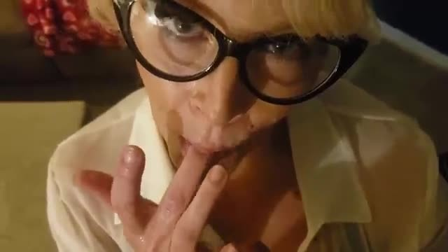 Download 'ROLEPLAY SUBMISSIVE SECRETARY GIVES GREAT ORAL DICK -TATION FUCK SUCK SHOW' with PornhubDownloader