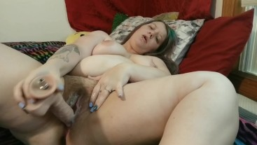 casual POV girlfriend experience blowjob and creampie