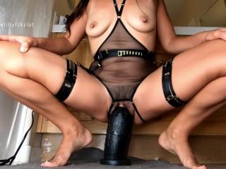 Black Pussy Boss video: Slow Stretch & Pussy Gaping with Mrhankeys Black XL Boss Hogg +11\