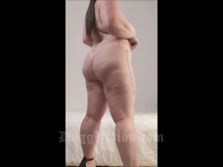 Maria Bose Strip Tease and Shower