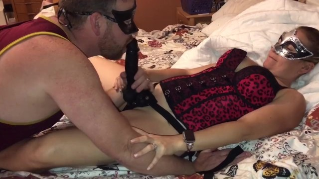 Wife likes husband sucking cock stories Hot wife milf surprises husband with a bbc strap on to fuck his mouth/ass
