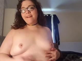 College PAWG with prefect body masturbates hard