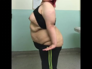 SSBBW Latina Teen shaking ass and big belly in a public bathroom (27 Aug 2019)