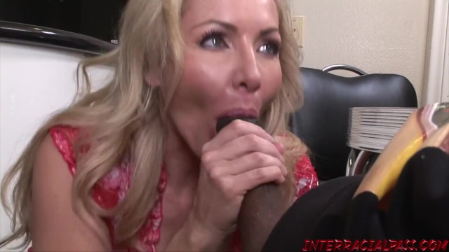 Arab girl fucks before marrying Married milf lisa demarco sucks bbc before interracial ride