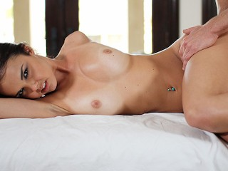 Perfect Big Tit Teen Dillion Harper Gets An Oil Massage Mouth Full Of Cum Dillion Harper