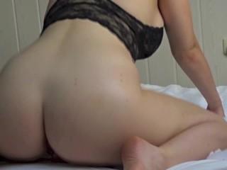 Big Butt Amateur Babe Riding Dildo, Cums Hard Wet – Wild Lotus