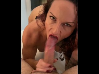 Curvy Milf Amateur Aussie Escort Gets Head From Her Client, Gives Head & Fucks