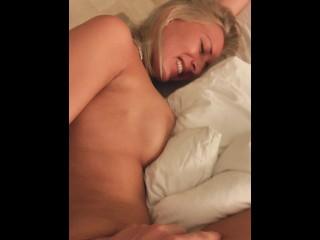 Leonie Pur Fickt