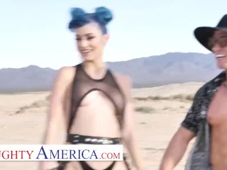 Naughty America – Strangers meet in the desert and have a threesome