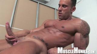 Italian Muscle Man with huge cock!