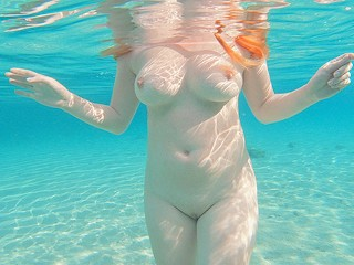 Young Curvy Big Tits Pale Ginger Redhead Teen Swimming Naked Pee in Sea