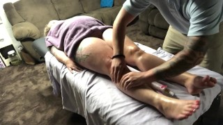Flash Gordon Massage Therapy~ Lonely housewife cums prepared (MustSee)