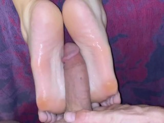 Minx gets her soft soles fucked and cummed