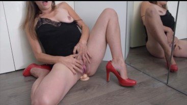 My first video: starts clumsy, gets real messy! Balls deep anal big dildo..