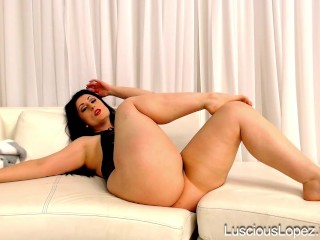 Luscious Lopez big legs