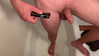 Electric bikini hair trimmer