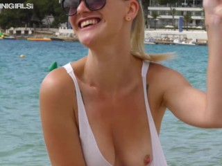 Young Sexy Babe Gets Tits Out For First Time