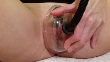 Pussy Pumping My Juicy Meaty Cunt ,Then Fingering and Cumming
