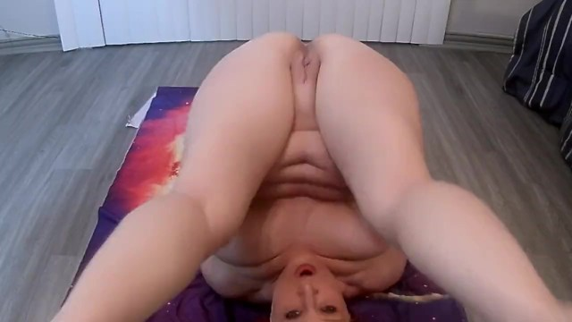 Naked yoga Mom wet and messy yoga, naked pee on my face