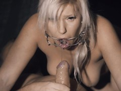 Amazing CLOSE UP Piss Deep Blowjob in 4K with mouth Spreader