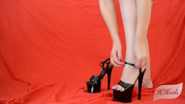 He cums on my heels and I wear them