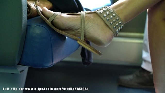 Tgp bench Candid woman dirty feet and sandals, detailed and sexy, on train bench