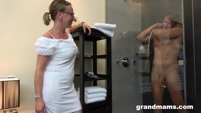 Old men fuck boys Twinks first time with gorgeous grandma