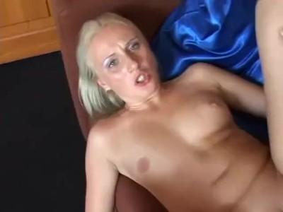 Horký MILF sex movie