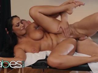 Oral Sex On Female Fucking, BABES- Big tit Sofi Ryan gives happy ending Massage Big ass Big