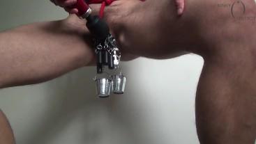 Extreme pussy bondage