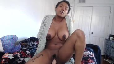 She Tops