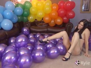 Heel Pop Purple Metallic Balloons