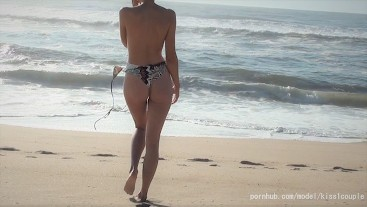 Perfect pussy on public beach taking a premature creampie