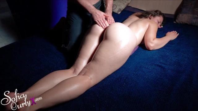 Pussy massasge - Milf- masturbate pussy and massage orgasm