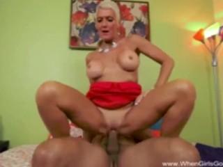 Cougar Wants Big Black Cock