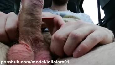 Pompino rischioso in auto