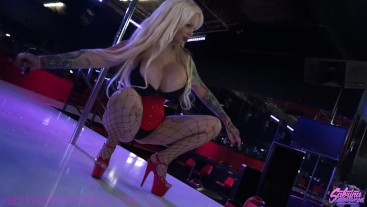 Sabrina Sabrok behind the scenes photoshoot Red Parrot stripclub Texas