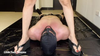 Slave Eating Mistress Pussy