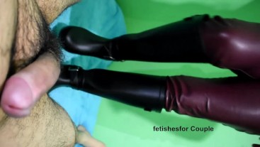 Bootjob with rubber boots, leather pants