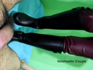 Bootjob with rubber boots leather pants