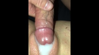 Husband eats up his massive cum shot he deposited on his wifes sweet pussy.