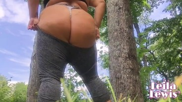 Busty Fitness Babe CAUGHT Stripping and Fucks Dildo on Public Hiking Trail