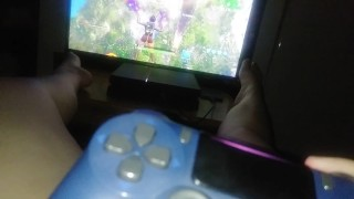 Gamer girl plays Fortnite in pink panties on ps4